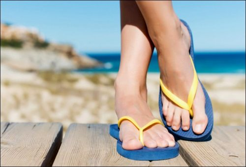 Flip flops to prevent tinea and fungal toenail. As part of fungal nail treatment, you should never walk around barefoot