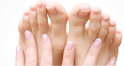Healthy nails free of fungal toenail infection and tinea. You can achieve this with our effective fungal nail treatment!